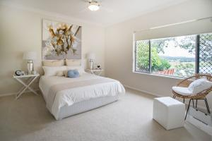 8 home styling - Elders Taree- Ritchie Streey  by Designing Divas